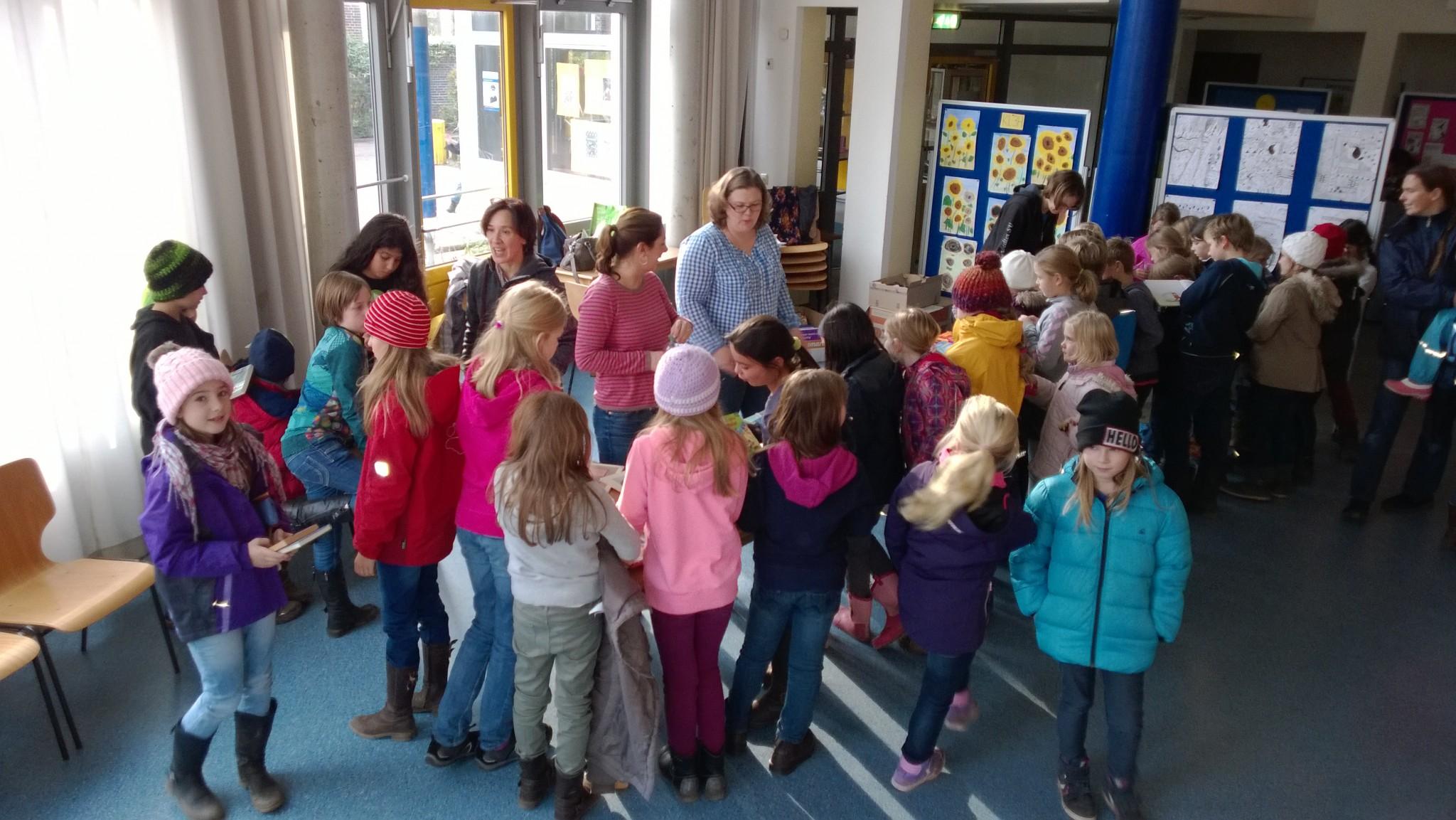Bücherflohmarkt 2013 2