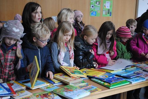 Bücherflohmarkt 2013 1