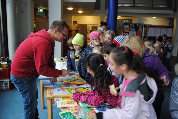 Bücherflohmarkt 2014 2